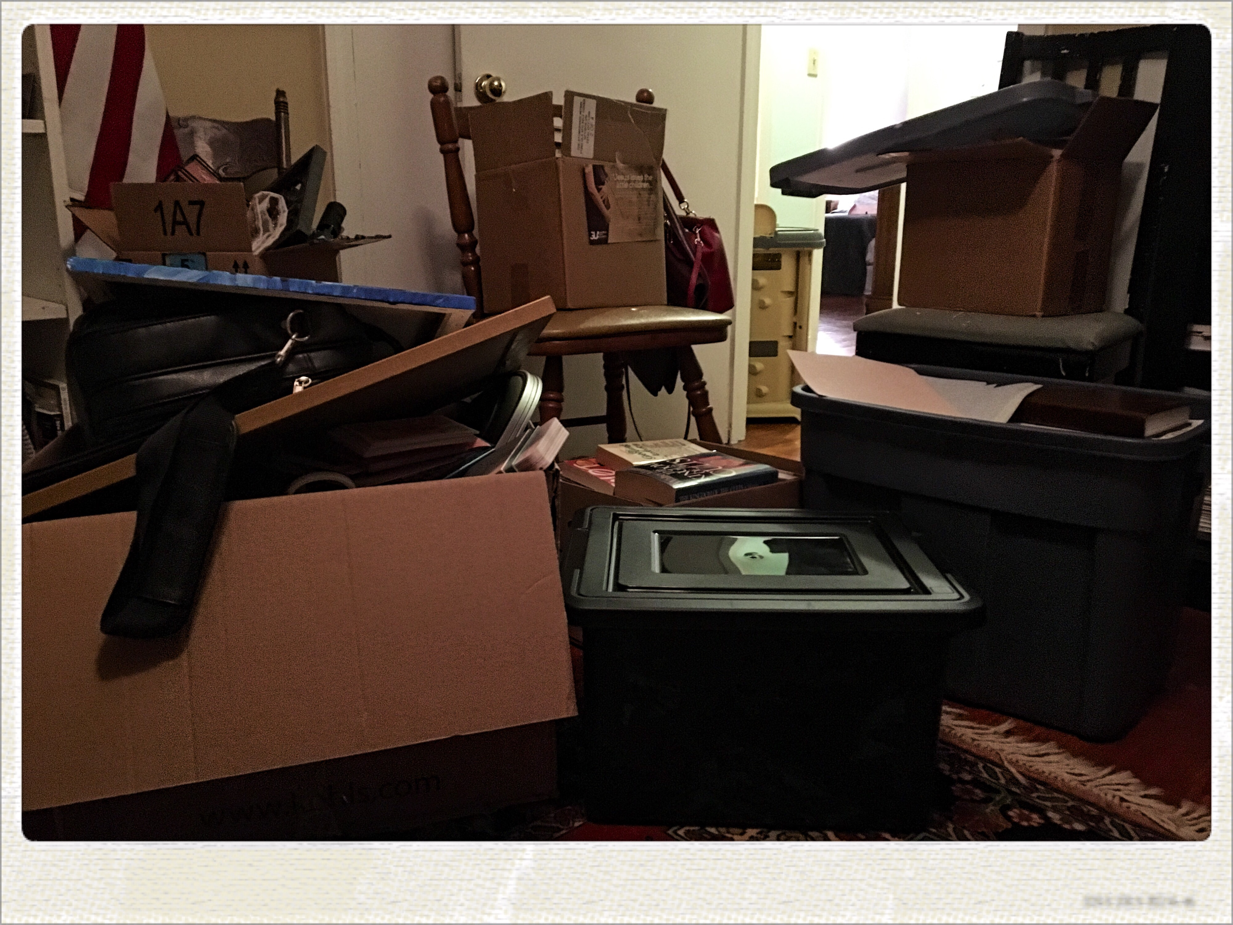Decluttering with Friends – Project Fewer Things Day 3